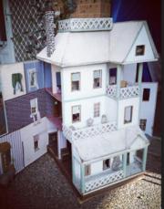 DOLLS HOUSE - Large Antique Style